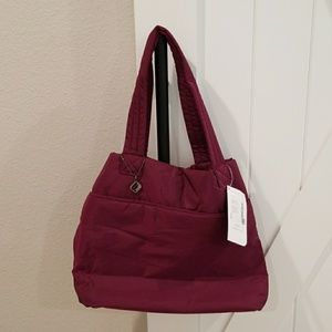 Fabletics Everyday Tote in Raspberry